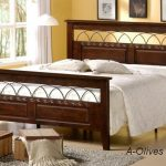 """ihome O 60""""x75"""" Queen Size Wooden Bed"""